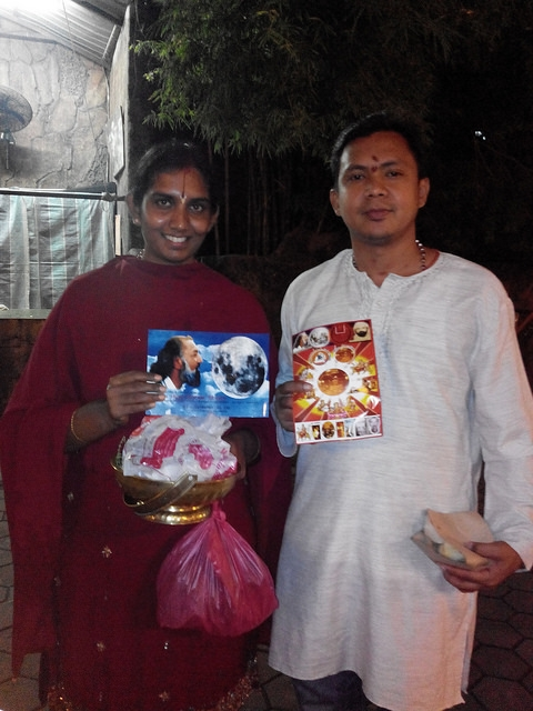 Aspirants pose for the camera after receiving the message of Kalki Avatar Ra Gohar Shahi.